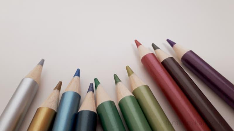 ダイソー メタリック色鉛筆 芯
