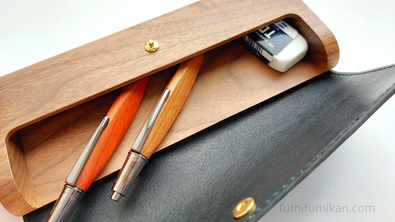 「Flap Pen Case」にペン